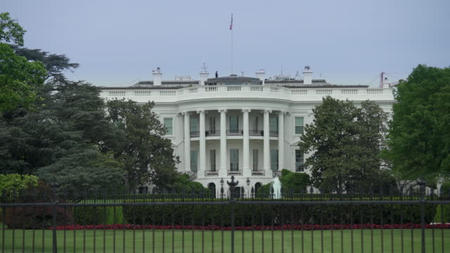 White House South Lawn Washington, DC in 4k/UHD Zoom Out video