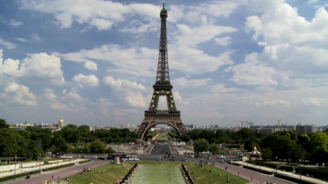 Wide of Eiffel Tower video