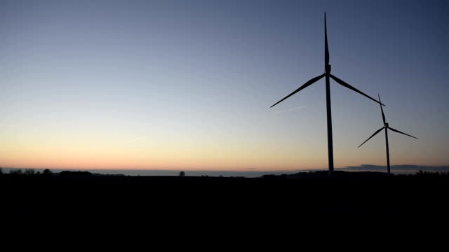Wind generator / wind turbine video