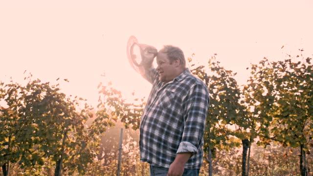 WS Winegrower In His Vineyard video
