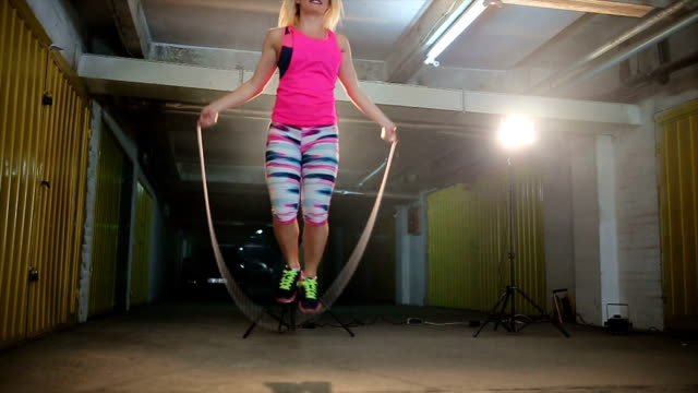 Woman jumping the rope! video