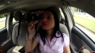 Woman late to an appointment an calls the client. video