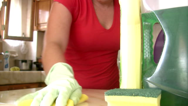 Women cleaning the kitchen video