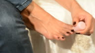 women toe nail paint video