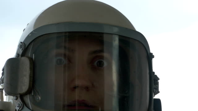 Wondered Cosmonaut Woman video