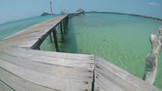 Wooden Docks on Tropical Islands with Blue Turquoise Sea video