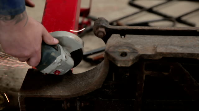 Working on metal with small angle grinder video