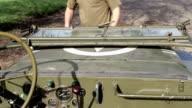 Wyllis, Old Jeep video