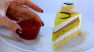 yellow biscuit cake video