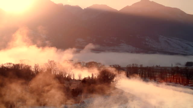 Yellowstone River at Sunrise in Winter video