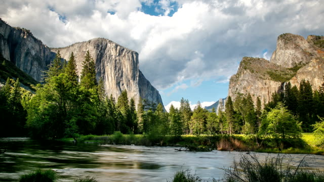 Yosemite National Park Time Lapse video