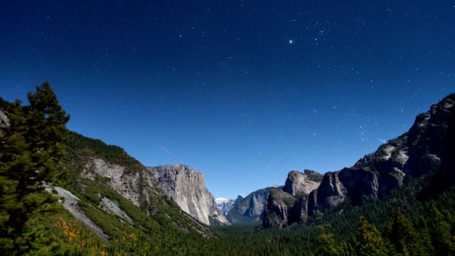 Yosemite Stars Time Lapse video