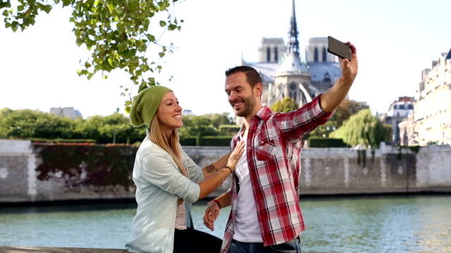 Young couple visiting Paris video