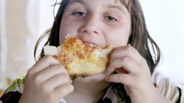 CU Young girl having an overeating problem video