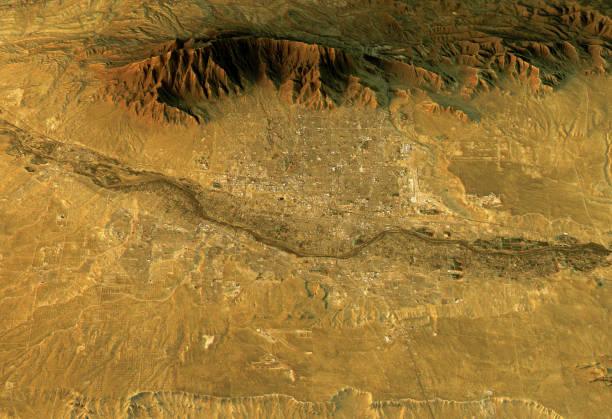 Albuquerque 3D Landscape View West-East Natural Color vector art illustration