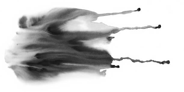 stockillustraties, clipart, cartoons en iconen met zwarte kleur vloeibare waterverf vlekken textuur met drob. - bevlekt