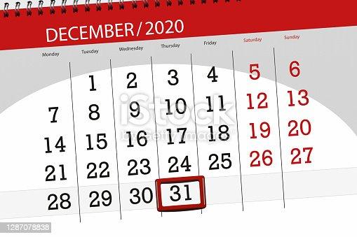 istock Calendar planner for the month december 2020, deadline day, 31, thursday 1287078838