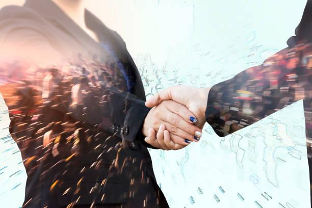 stockillustraties, clipart, cartoons en iconen met double exposure of business handshake with motion crowd - dubbelopname businessman