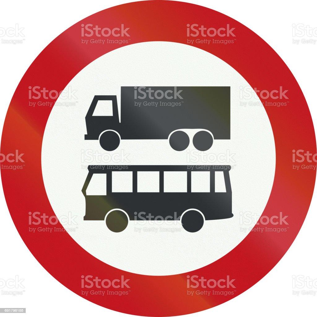 Eine Niederländische Verbotszeichen No Lkw Oder Busse Stock Vektor ...
