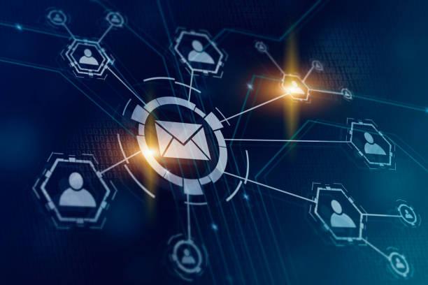 stockillustraties, clipart, cartoons en iconen met e-mail en sms marketing concept. regeling van de directe verkoop in het bedrijfsleven. lijst met clients voor mailing. nieuwsbrief concept - versturen