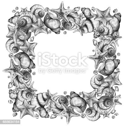 istock Frame made of shells 655634154