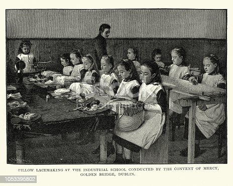 Vintage engraving of Girls pillow lacemaking at the industrial school, Godlen Bridge, Dublin, Ireland, 19th Century