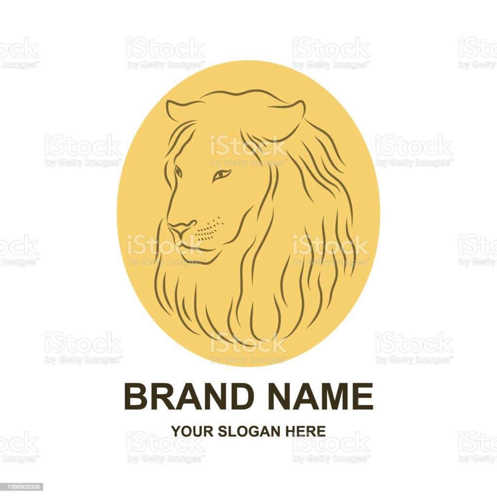 Fier Lion Face De Profil Regardant Dans La Distance Le