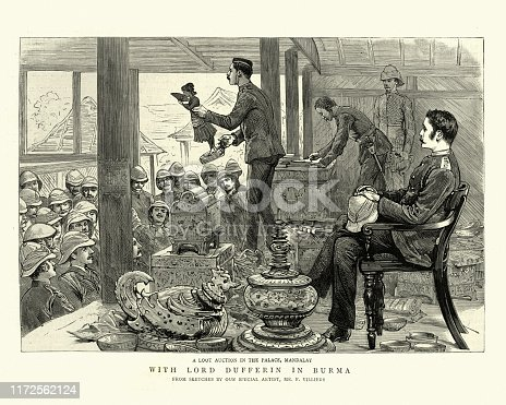 Vintage engraving of Loot auction in the Palace, Mandalay, British conquest of Burma, 19th Century
