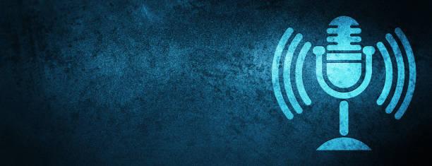 ilustrações, clipart, desenhos animados e ícones de fundo azul especial da bandeira do ícone do mic - podcast