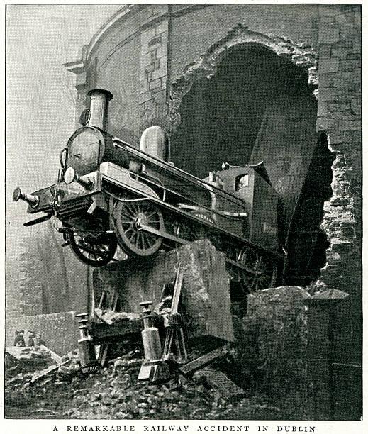 bildbanksillustrationer, clip art samt tecknat material och ikoner med railway accident, dublin - derail