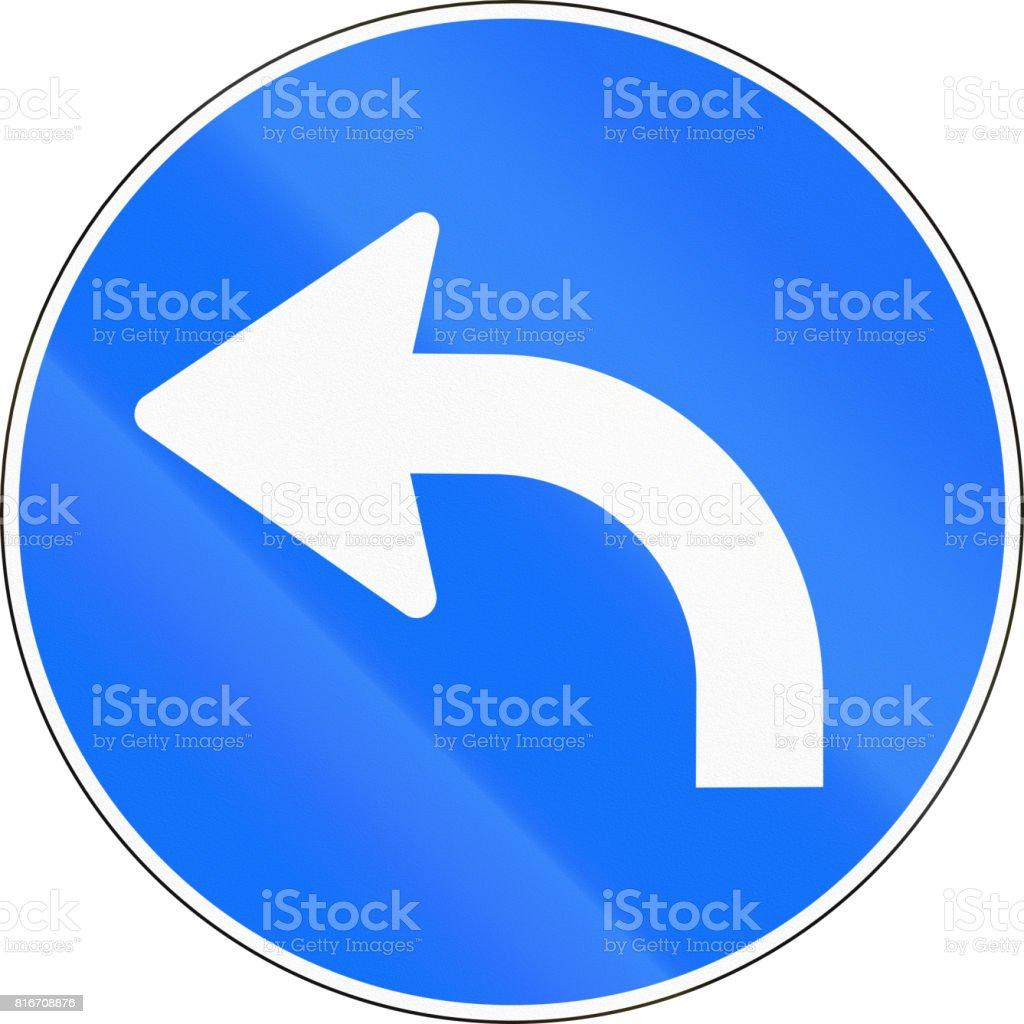 ee5de7a4b6c6 Signo de carretera utilizado en Suiza - gire a la izquierda ilustración de  signo de carretera