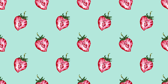 Seamless pattern with watercolor pattern of strawberry berries
