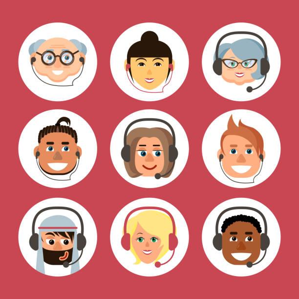 ヘッドセットで異なる国籍と年齢の男性と女性の漫画のアバターのセット - オペレーター 日本人点のイラスト素材/クリップアート素材/マンガ素材/アイコン素材