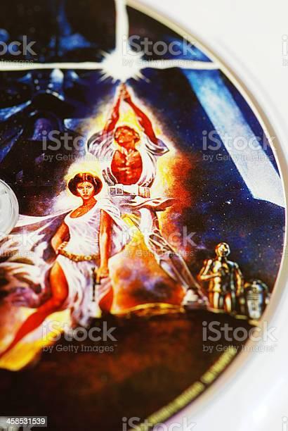 Star Wars Characters On Dvd Closeup向量圖形及更多4號圖片