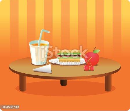 istock mesa con comida 164538730