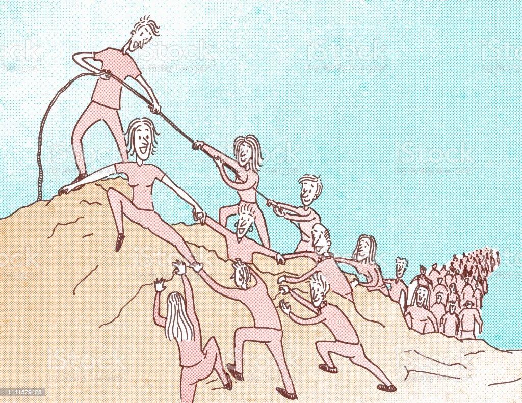 grupo de personas subiendo un cerro