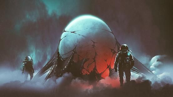 the mysterious alien egg