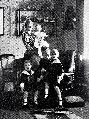 The queen of Denmark, Princess Marie, and their children