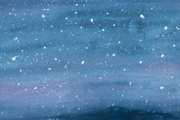 stockillustraties, clipart, cartoons en iconen met aquarel tekening van winter hemel landschap met vallende sneeuw, vlekjes en stippen. hand getekende water kleur grafisch schilderij op papier. prachtige achtergrond voorontwerp, wenskaart, banner, behang, poster. - blue sky