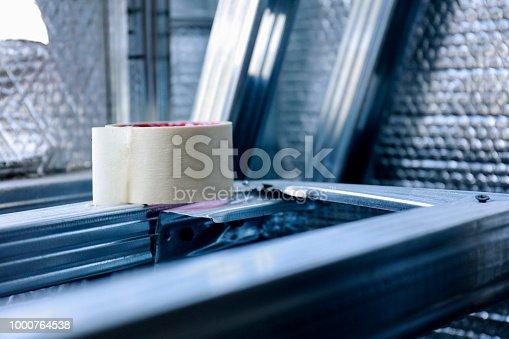 Sticky tape roll