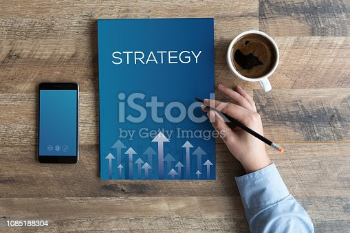 istock STRATEGY CONCEPT 1085188304