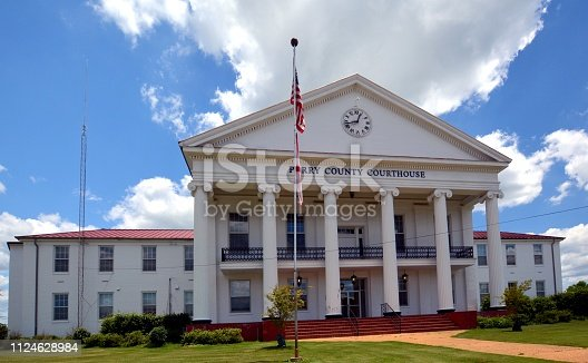 istock PERRY COUNTY COURTHOUSE   2/3 1124628984