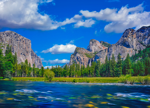 Merced River Flows Through Yosemite Valley, CA