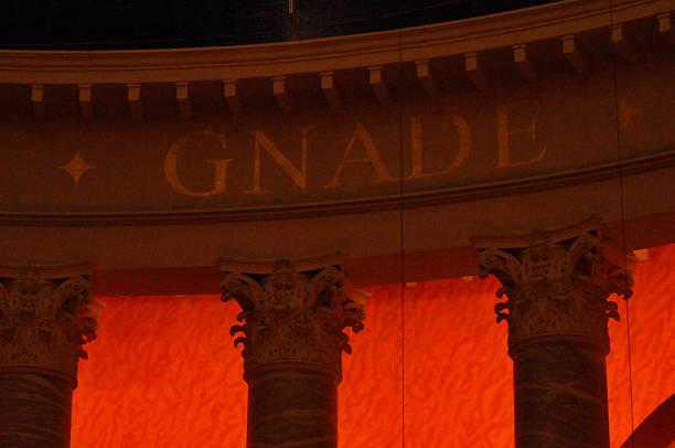 GNADE – Foto