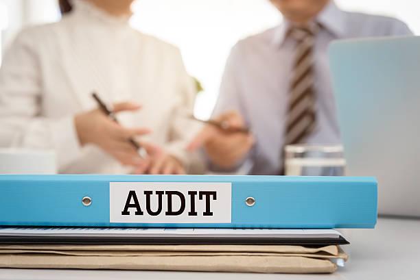 audit  - ispezione contabile foto e immagini stock