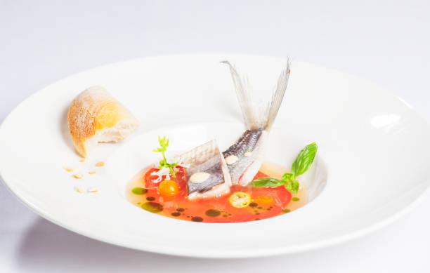 bouillabaisse - rezepte mit hühnerfleisch stock-fotos und bilder