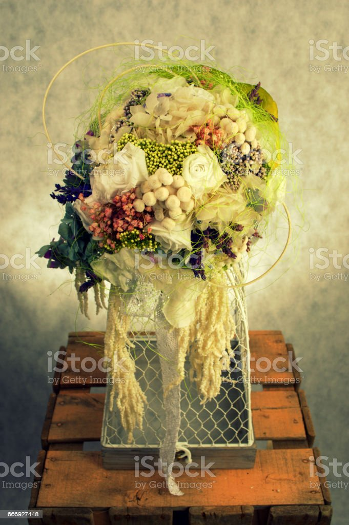FLOWERED CAGE 1 - foto de stock