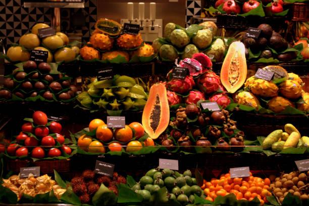 MERCADO DE FRUTAS 1 - foto de stock