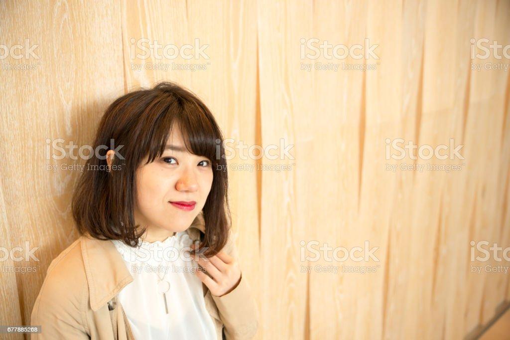 見つめる可愛い 女性 royalty-free stock photo