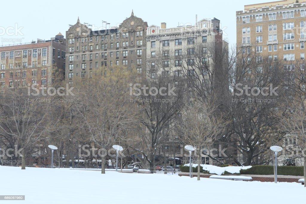 雪のマンハッタン セントラルパークより stock photo